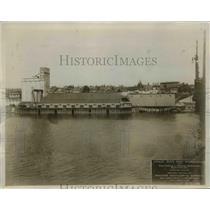 1914 Press Photo Grain Bins & Warehouse for California & Oregon Grain & Elevator