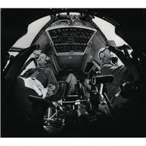 1968 Press Photo Fish-eye view of Starlifter cockpit shows Air Force pilots