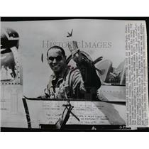1951 Wire Photo Capt. James Jabara waving from his jet - spw01794
