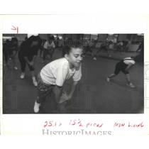 1991 Press Photo Natalie Pizzolato Exercising in Children's Aerobics Class