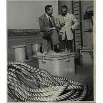 1919 Press Photo Bob Tarr,  Lyle Hickok-Pineapple Barge - orb91633