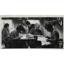 1972 Press Photo School, Lane Community College, Pub, Oregon Coast - orb98622