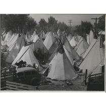 1946 Press Photo Indian Tepee tent - spx13718