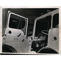 Press Photo Jeep with bullet holes - nef36045