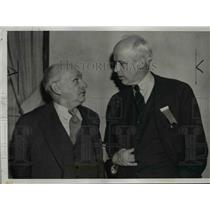 1938 Press Photo Joseph Caldwell Greeted by Norman Thomas at Socialist Meeting