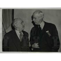 1938 Press Photo Norman Thomas Greets Joseph Caldwell at Socialist Convention