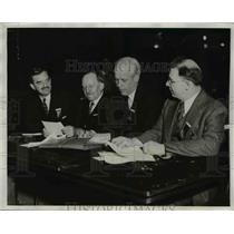 1932 Press Photo Three Leaders of Socialist Party in Conference at Convention