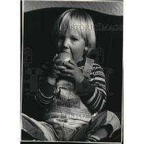 1978 Press Photo Child of Janet and Paul Olsen, family hosts to President Carter