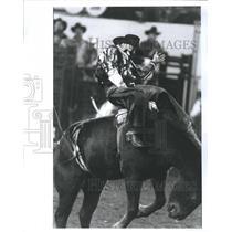 1992 Press Photo Chuck Vankeuren at Long Horn Rodeo in Oklahoma City - RSH65367