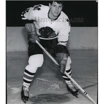 1967 Press Photo Gary Kilpatrick, Chicago Blackhawks Hockey Player - lfx01657