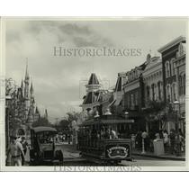 Press Photo Main Street, U.S.A. at Walt Disney World Magic Kingdom Theme Park