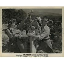 "Press Photo ""Nyoka and the Tigermen"" Movie Scene - lfx03653"