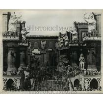 "1916 Press Photo Movie Scene from ""Intolerance"" - lfx02303"