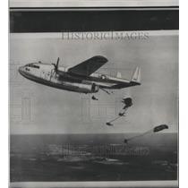 1950 Press Photo Parachutes - spx14618