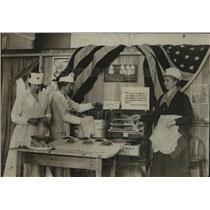 1918 Press Photo Roxbury, Boston, Massachusetts Food Drying Exhibit - ftx00305