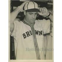 1941 Press Photo Luke Sewell Cleveland Indians coach now with the Browns