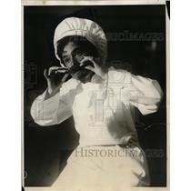 1930 Press Photo Yvnne Smith of Boston as a chef in Enter Madame - neo01276