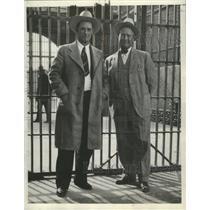1933 Press Photo Warden A.G. Walker, Gene Shute of Arizona State prison