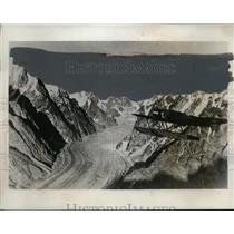 1933 Press Photo Lange Koch, lst to get pictures of Greenland Mts - neo00194