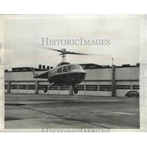 1946 Press Photo Bell Aircraft Corp. Model 42 Helicopter During Test Flight
