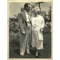Undated Press Photo Pat O'Brien film actor with his mother Mrs. William O'Brien