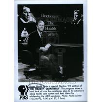 1992 Press Photo Roger Mudd hosts The Health Quarterly - RRU26781