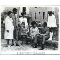 1972 Press Photo Attending the graduation of Juanda Marshall. - ora56291