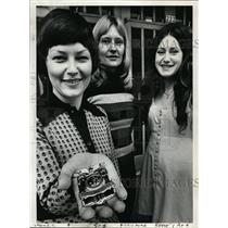 1973 Press Photo Portland Policewomen Marilyn Beck, Annette Jolin & Vicki Convey