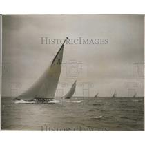 1928 Press Photo 18 Metre Boats in Cowes Regatta  - ney26285
