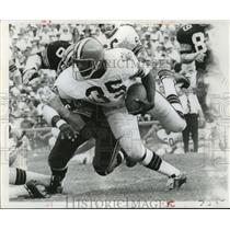 1969 Press Photo New Orleans Saints- Bo Scott stopped by Dave Brown. - nos00514