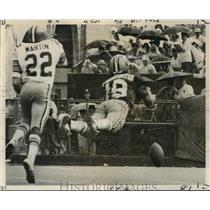 1971 Press Photo New Orleans Saints- Frisco's Gene Washington dives for pass.