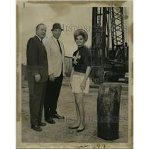 1967 Press Photo New Orleans Saints- Mrs. Jo Ann Goldman at groundbreaking.