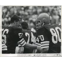 1968 Press Photo New Orleans Saints - Bill Glass & Bob Matheson of Browns Score
