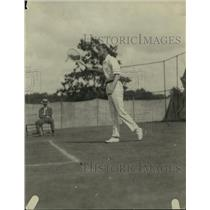 1921 Press Photo Tennis player JO Anderson in action on the courts - net33511