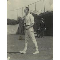 1921 Press Photo Tennis player JO Anderson in action on the courts - net33512