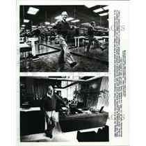 1985 Press Photo Alex Spanos,owner of San Diego Chargers seen in his office