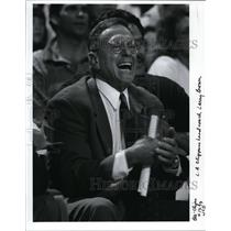 1993 Press Photo Clipper head coach Larry Brown - orc02064