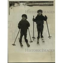 1922 Press Photo Child skiers Arthur & Horace N Barrett at Lake Placid NY