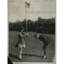 1922 Press Photo CPG Anderson & sister Peggy at North Foreland golf for kids