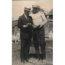 1920 Press Photo Golfers Jack Reddy & Billy Miskle at a course - net32426