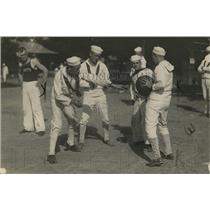 1918 Press Photo Medicine ball game played by Navy sailors at a base - net31282