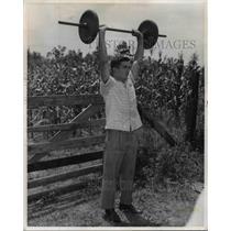 1958 Press Photo Roy Harris Lifting Weights - nef38237