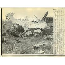 1971 Press Photo Airplane Accident of a twin-engine air plane near Jackson, Miss