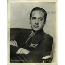 1936 Press Photo Melvyn Douglas-United States Actor and Broadway Star