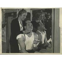 1931 Press Photo Paulino Uzcudun Being Initiated Into the Art of Movie Makeup