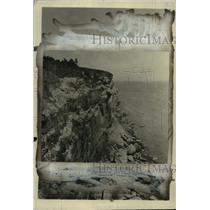 1924 Press Photo The Garnet Ledge of Bonaventure Island in Quebec, Canada