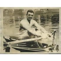 1928 Press Photo Bert Barry World's Professional Sculling Champion - sbs01909