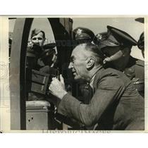 1942 Press Photo Army Air Corps in LA Capt Eddie Rickenbacker - sbx00656