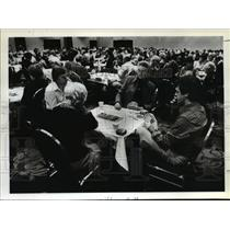 1982 Press Photo People in the Oregon Trail Regional Tournament at Hilton Hotel