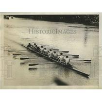 1929 Press Photo University of California oarsmen win by five lengths